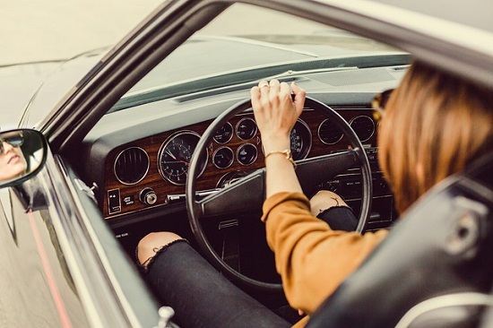 woman_driver